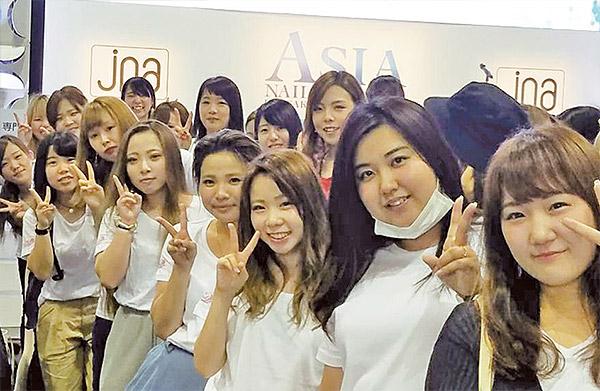 アジアネイル フェスティバル IN 大阪 会場での記念撮影